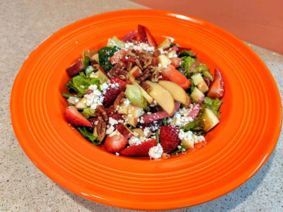 Fresh Salad for lunch at Beachcomber's Tiki Hut in Kill Devil Hills, NC