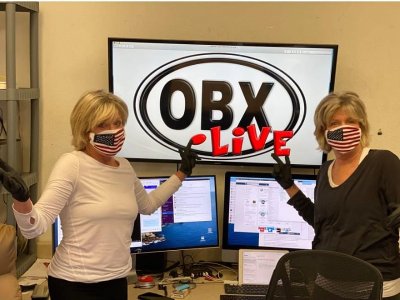 Sue & Tori under COVID restrictions at OBX.Live